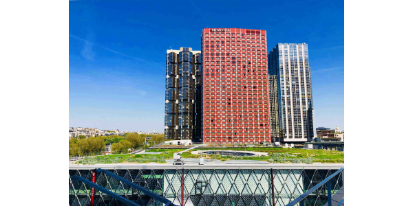 Beaugrenelle shopping center's green roof